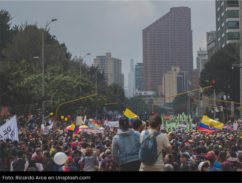 Manifestaciones en Colombia en contra de la reforma tributaria Cider | Uniandes